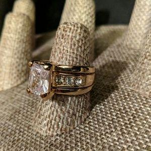 Premier Designs Jewelry - Gold Statement Ring